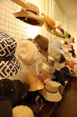帽子展示会の様子