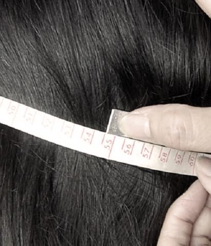 帽子のサイズ>1周してメジャーが重なった数値が頭のサイズ。