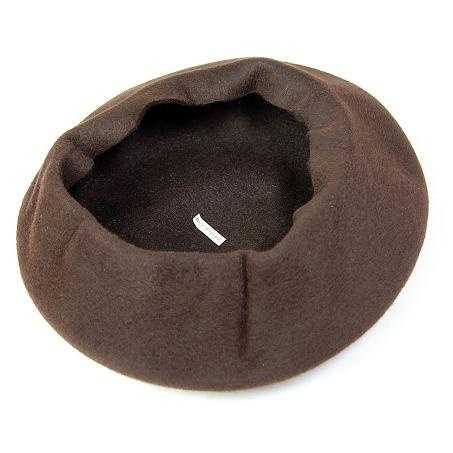 帽子の材料:ベレー型の帽体