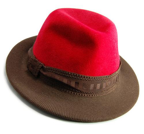 帽子の材料:ファーフェルト(ベロア)の中折れハット